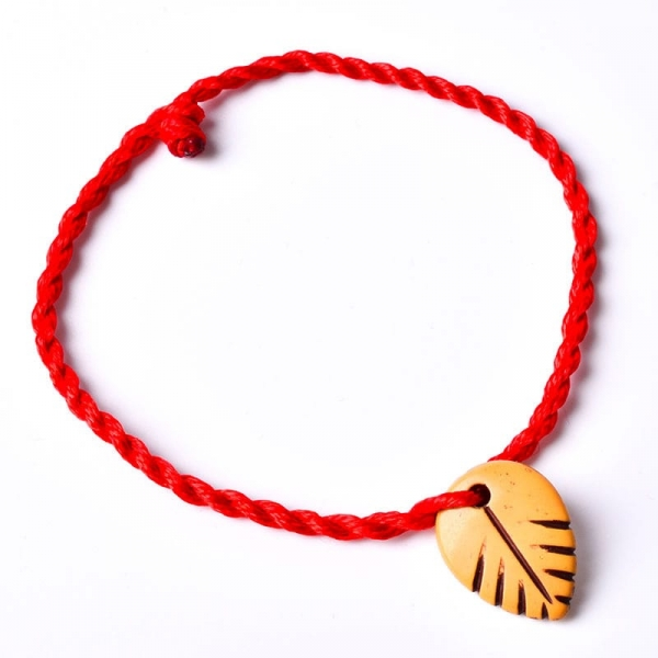 Браслет – амулет красная нить, украшение-оберег, талисман на руку
