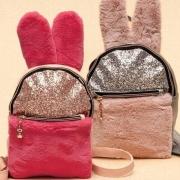 Стильный рюкзак для девочки меховые ушки зайчика